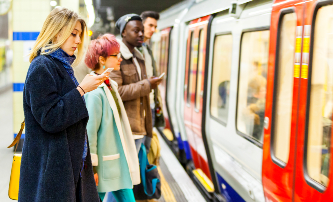 Average commuting time rises by 18 hours
