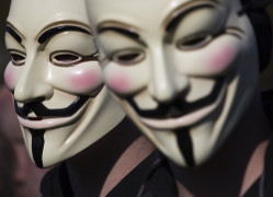 Anonymous masks - internet hacking{{}}