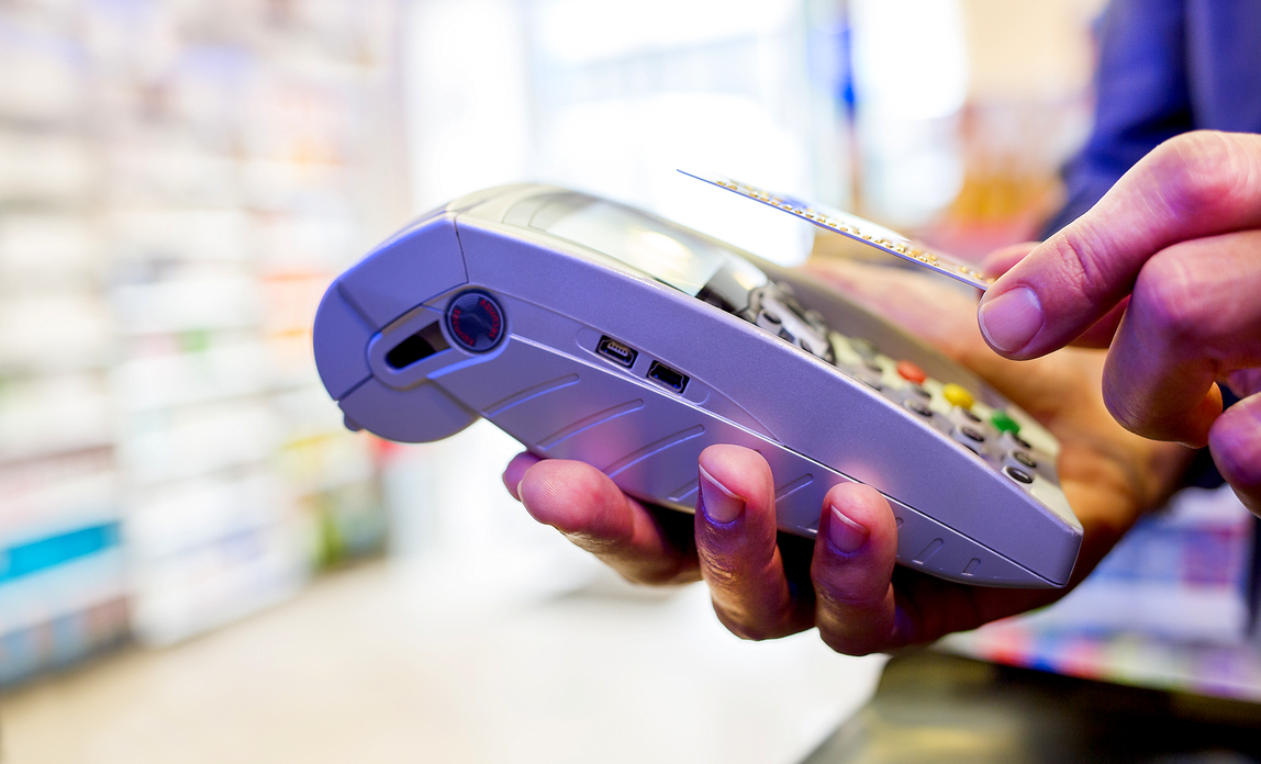 Accepting contactless payments: guide for retailers