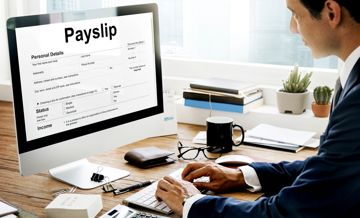 How to choose the right UK payroll software